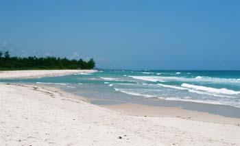 Mombasa beach holidays , Kenya beach vacations