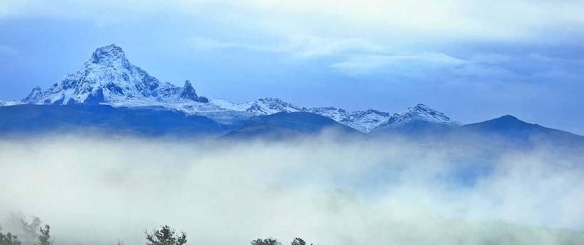 Mount Kenya Sirimon Naromoru | 5 days Mt Kenya trek