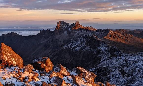 Mt Kenya and safari -10 days Tour